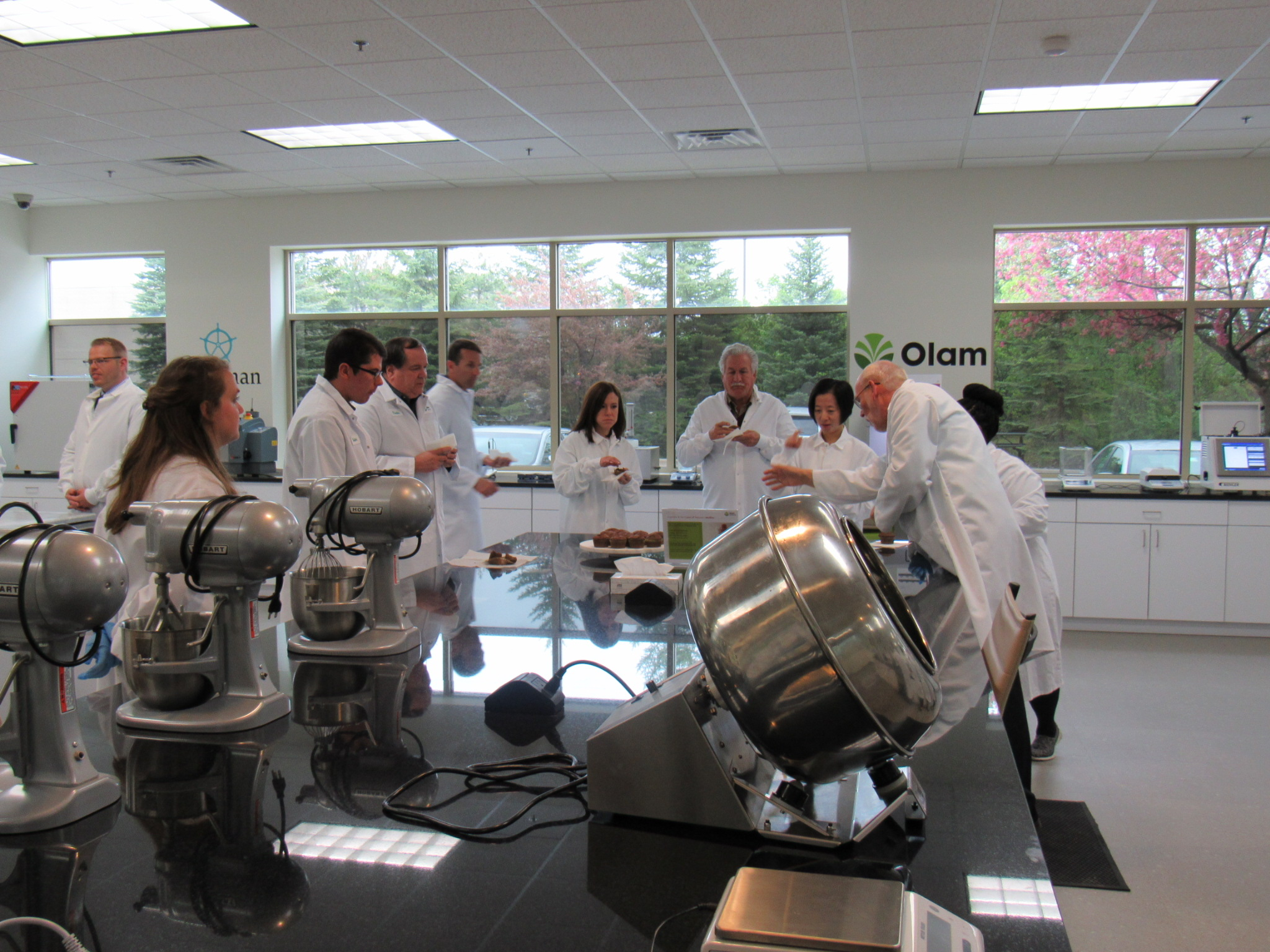 Hershey Partners with Blommer Chocolate and Olam Cocoa to ...