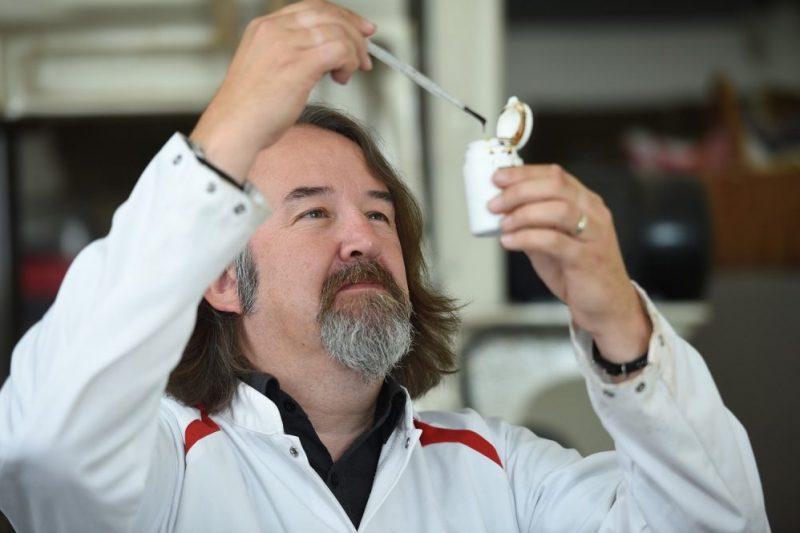 UK manufacturer set to deliver CBD oil-based confectionery series