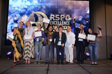Roundtable conference on Sustainable Palm Oil decides award winners