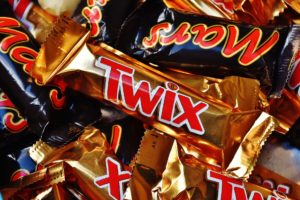 Chocolate bars to shrink by 20% under new sugar targets