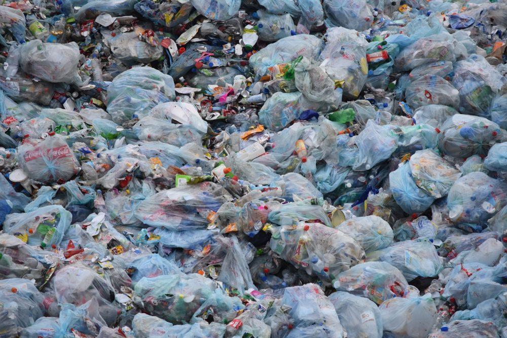 Transforming plastic waste